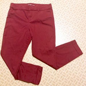 Oldnavy Pixie Pants Cranberry Color